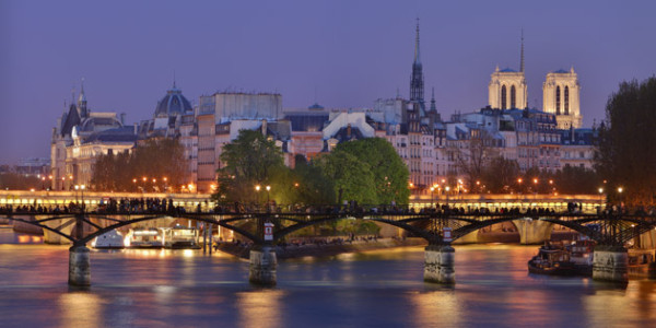 sightseeing_attractions_pont_des_arts