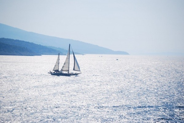 sea-browse-boat-landscape-calm-sailing-sky-barca